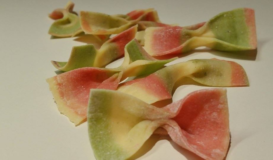 striped pasta bows - Copy